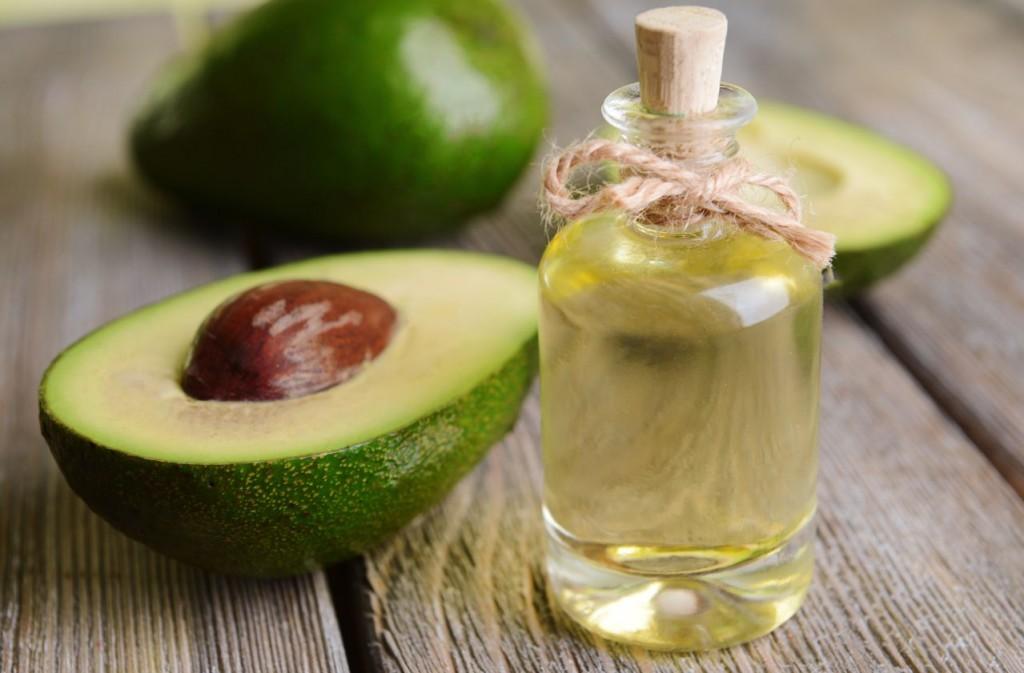 Mască din avocado pentru un păr sănătos
