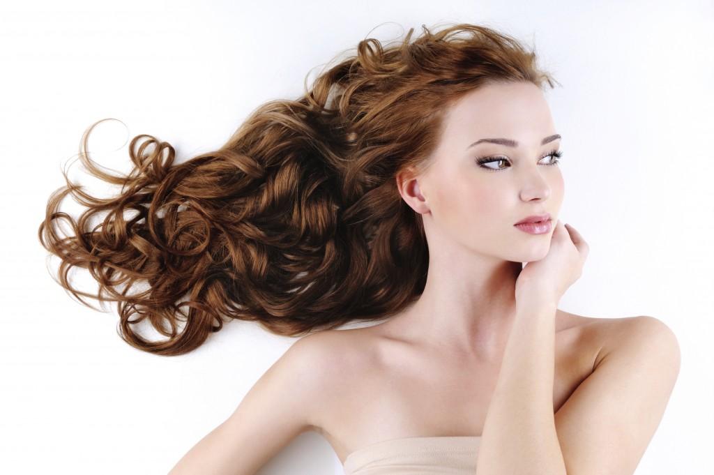 Trei tipuri de măști care pot face minuni pentru părul tău