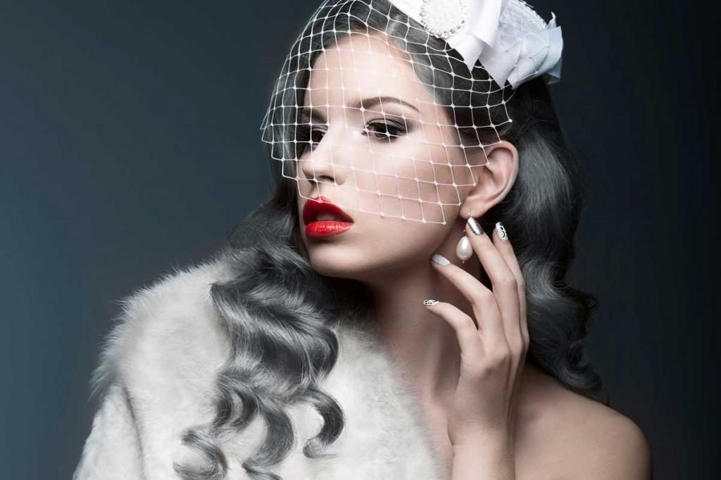 Dacă îți surâde ideea de a îți vopsi părul, specialiștii El Studio Timpuri Noi te așteaptă cu un pachet promoțional