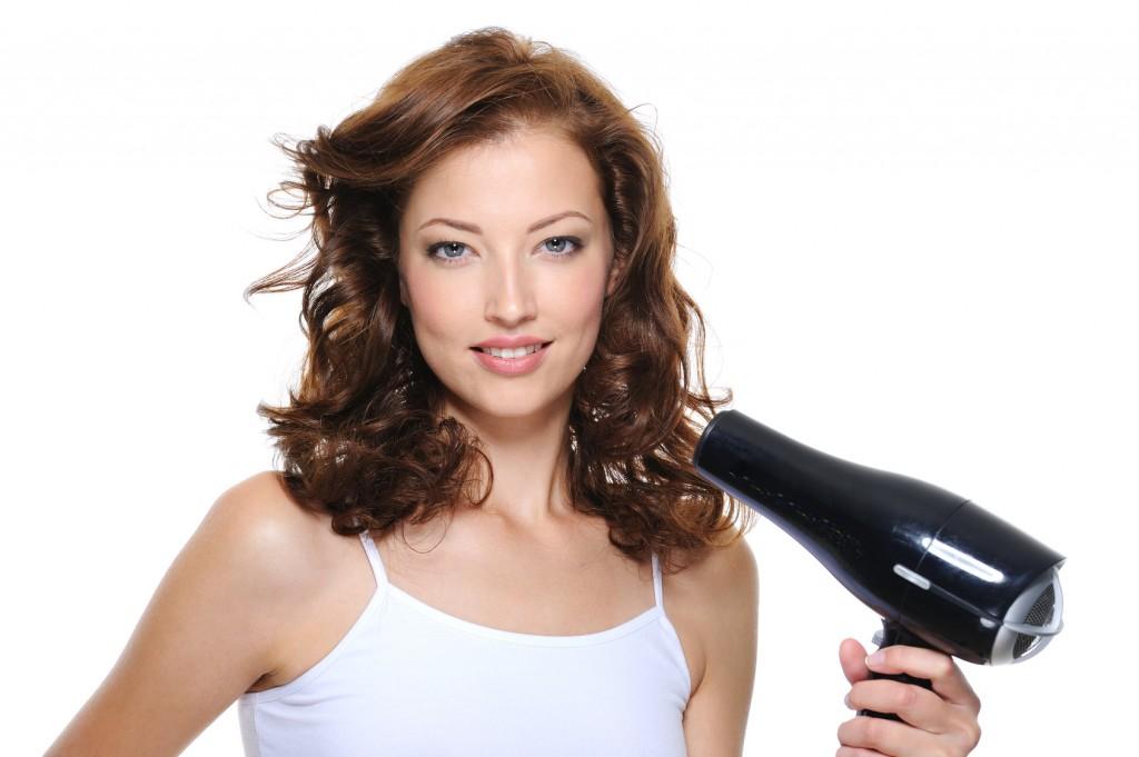 Folosește corect uscătorul de păr