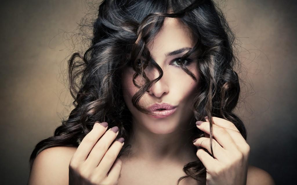 Specialiștii El Studio te învață cum să îți îngrijești părul înaintea unui eveniment important