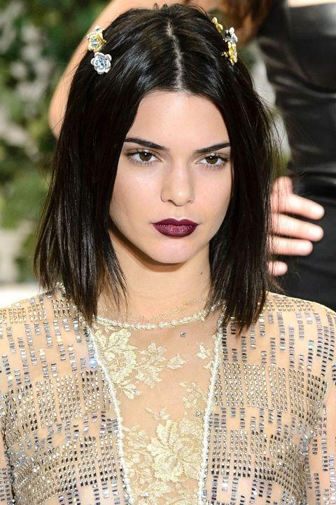hbz-makeup-trends-fw2017-berry-lips-la-perla-clp-rf17-2963
