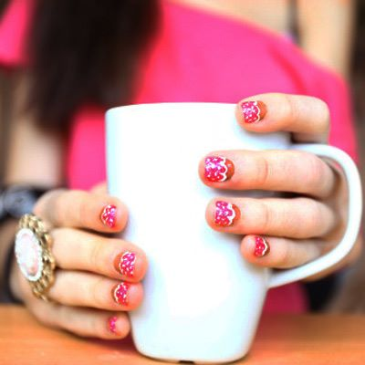 8-Ways-to-Keep-Your-Nails-Healthy-03-pg-full